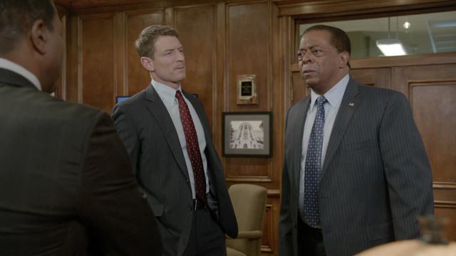 Chicago Justice: 1x11 AQD - sneak peak #2