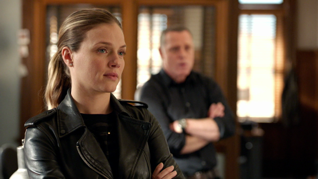 Chicago PD: 4x23 Fork In The Road - sneak peak #1